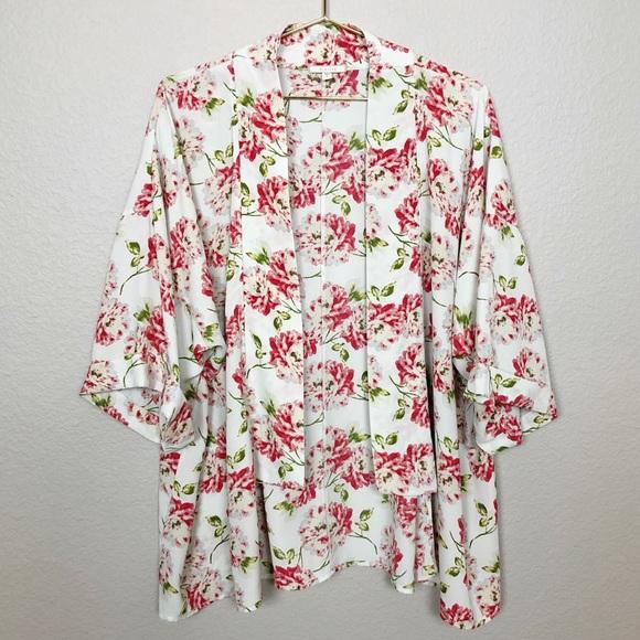 Anthropologie Tops - Anthropologie Pleione Floral Kimono
